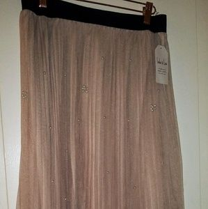 Dresses & Skirts - Women Skirt